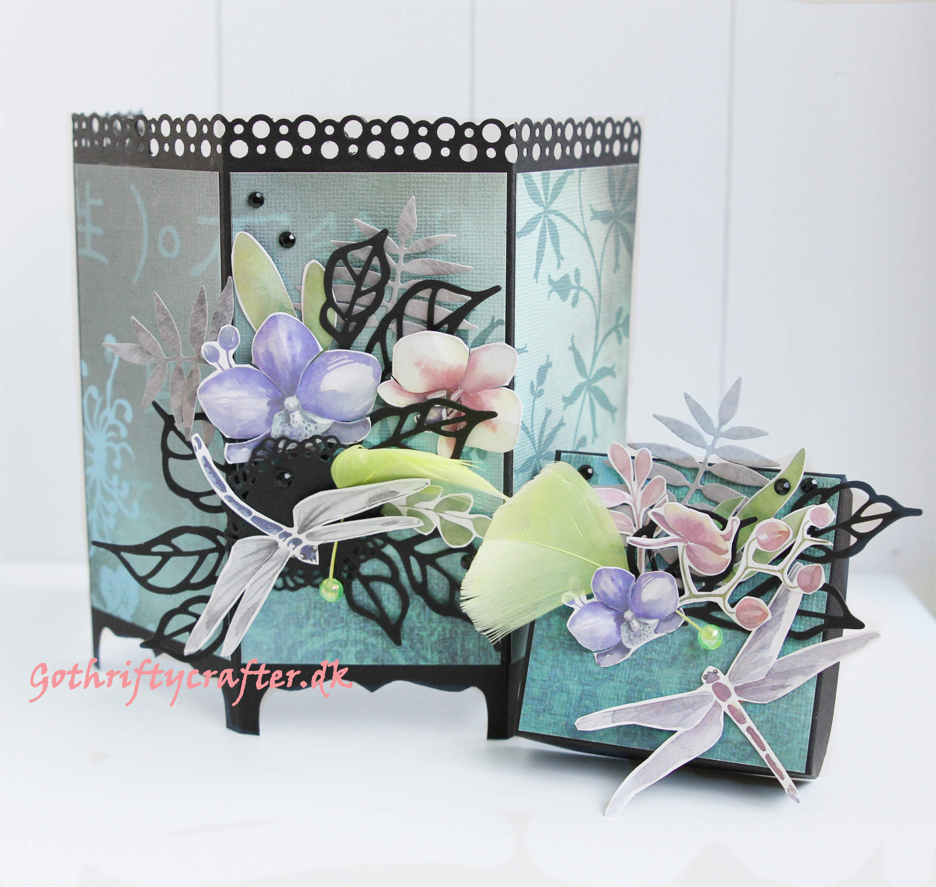 Room divider - folded gift box